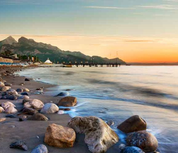 How to travel from Antalya to Kemer