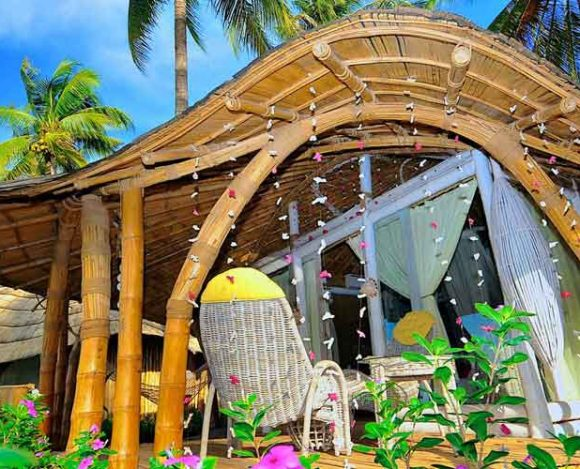 Coconut Garden Beach Resort Flores
